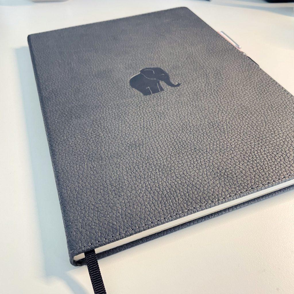 Dingbats Notizbuch DIN A4